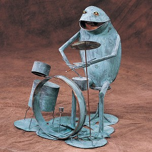 Frog w/ Drum set (seated)